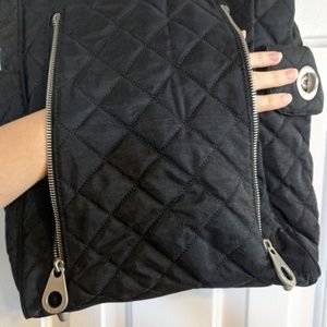 Baggallini Bags - Baggallini Footed Quilted Traveller Purse w Wallet